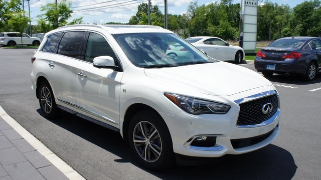 Certified Pre-Owned 2017 INFINITI QX60 Driver Assistance