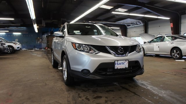 Pre-Owned 2019 Nissan Rogue Sport SV